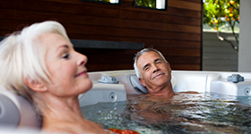 caldera-vacanza-2013-tarino-pearl-lifestyle-older-couple-02_0_2